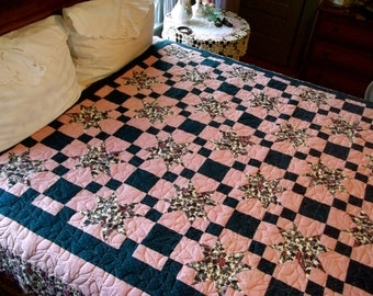 Quilt~Morning Star Quilt~Hoffman And Jinny Beyer Fabric~Full to Queen Size Bedspread~Full Size Quilt~Queen Size Quilt