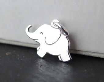 Sterling Silver Elephant Pendant 12mm (ET8266)