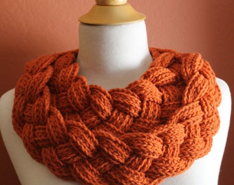 Double Layered Braided Cowl. Crochet. Russet.