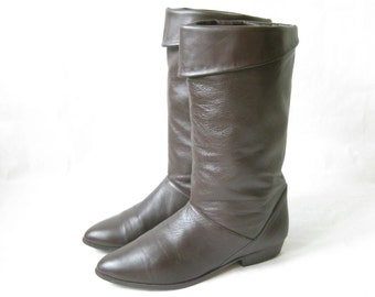Vintage Brown Leather Cuff Riding Boots. Size  8 1/2
