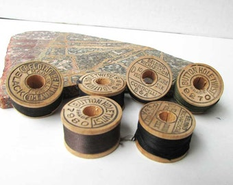 Lot of 6 1930 Vintage Small Wooden Buttonhole Twist Thread Spools with Old Threads, Belding Threads, Sewing Thread, Sewing Collectible