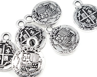 Antique Silver Charms TierraCast PIECES of EIGHT Charms Pirate Treasure Silver Doubloon Charms Spanish Coin Tierra Cast Pewter (P737)