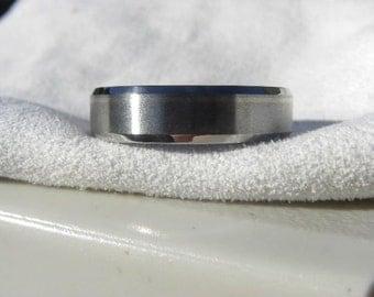 Titanium Wedding Band Offset Pinstripe White Gold Inlay Ring