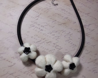 Felted Flower Necklace/ Blossom Necklace