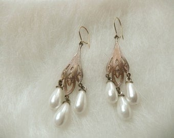 Beautiful handmade Rose Gold and Pearl Drop Chandelier Earring Set--Bridal earring-wedding-birthday-prom-valentine
