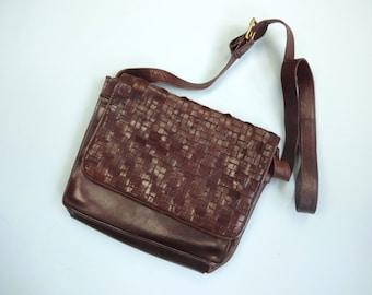Vintage NINE WEST Purse • 1990s Accessories •Woven Leather Adjustable Shoulder Strap Crossbody Carryall Messenger Tote •Medium Handbag