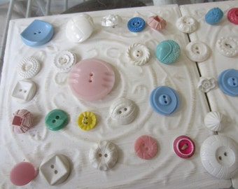 Vintage Buttons - Cottage chic mix of pastels and white lot of 47 old and sweet(apr406b)