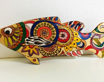 Carpediem:   A Zentangle  Artistic and Colorful Small Fish Scupture