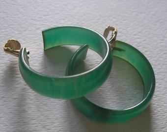 Thick Vintage Hoop Swirl Marbled Blue Green Bakelite Clip Earrings