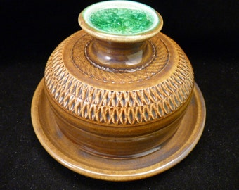 WheelWorksPottery - Butter Dish - Green Button Kisses