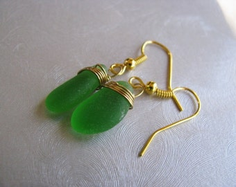 Kelly Green , Sea Glass Earrings , Gold Plated Wire Wrapped , Sea Glass , Beach Glass Jewelry