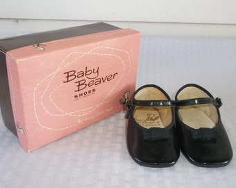 50s 60s Vintage Baby Girl Mary Jane Shoes in Original Box by Baby Beaver 9-12 Months
