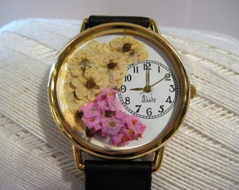Pressed Flowers, Women Watches with Pressed Flowers, Bridal Wreath and Pink Statice, Pink Wrist Watch, Leather Band, Bracelet, Woman Watch