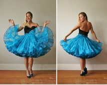 1980s Full Teal Petticoat~Size Extra Small to Small