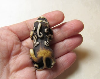 Foo Dog Dragon Lion Chinese Resin Bone Ivory Pendant Briolette Bead