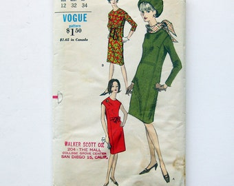 1960s Vintage Vogue Sheath Dress with Scarf One Piece Dress / Size 12 Bust 32