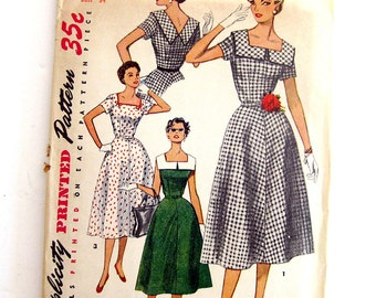1950s Womens Vintage Sewing Pattern Misses Square Neck V Back Dress Pattern Simplicity 4650  / Size 16 Bust 34