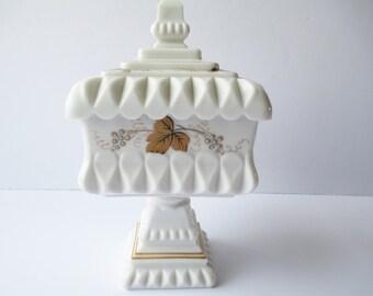 Vintage Westmoreland Milk Glass Gold Grape Wedding Bowl
