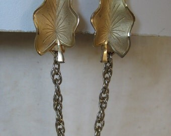 Leaf Gold Sweater Guard Clip Vintage Leaves