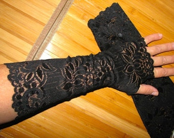 BLACK Eddies Choice of English Tea Party or Mori Girl Urban Chic Outdoor action Black Lace Fingerless Gloves Arm Warmers