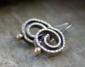 Rustic sterling silver earrings with  9k gold  - Nautilus -