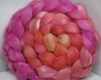 Merino/Baby Alpaca/Tussah 50/30/20 Roving Combed Top - 5oz - Rose Apricot Jelly 1