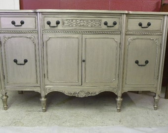 Vintage 1920s to 1940s Buffet Hollywood Regency Painted Furniture