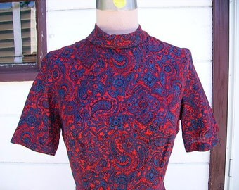 Vintage Swing Dress ~ 1940s Rockabilly Paisley Red and Blue Cotton Dress ~ Size Small ~ VLV