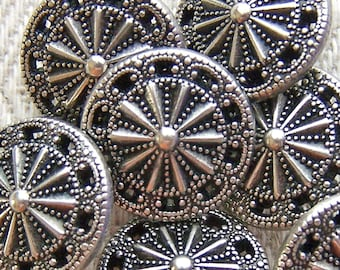 Silver Tone Metal Buttons 16mm - 5/8 inch Steampunk Starburst - Twinkle Twinkle Little Star - 7 VTG NOS Pierced Vintage Shank Buttons MT48