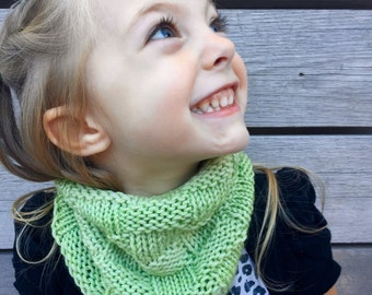 mint green cowl, handknit, merino wool, basketweave