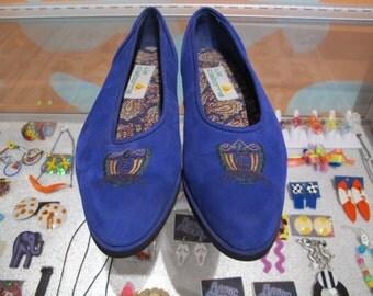 90s LIZ CLAIBORNE Royal Blue Microfiber Flats Size 8.5