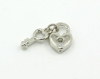 Skeleton Key and Heart Lock - set of 6 charms- #MP210