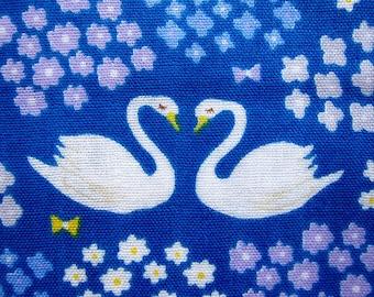 Double Gauze Fabric - Japanese Cotton - Swans - Fat Quarter Cosmo Textiles LIMITED YARDAGE