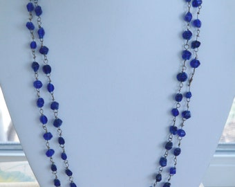 """Pretty Vintage Royal Blue Glass Beaded Necklace, 51"""" (G13)"""