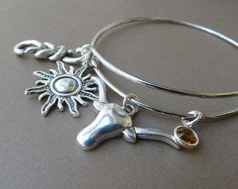 Antique Silver Antler Bangle, Cattle Skull Charm Bracelet, Expandable Bangle // Charms,Birthstone Bracelet, Country Girl Gift,Antler Jewelry