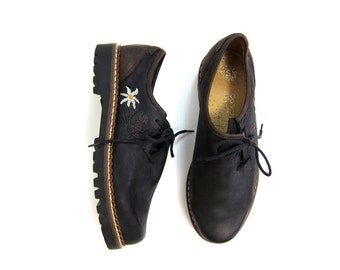 Oiled Black Brown Leather Oxfords Lace Up Embroidered DAISY Flower BROGUES Shoes Chunky Vintage 90s Tie Shoes Hiking Shoes Women's 7.5