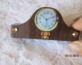 Doll house mantle clock