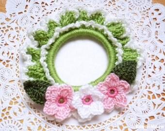 Crocheted Hair Scrunchie - Sakura Cherry Blossoms - Green