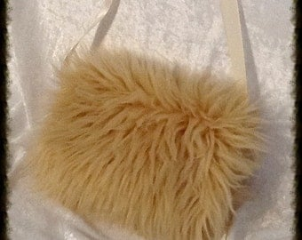 Mini Muff in Blonde Camel Shag for Child or Adult