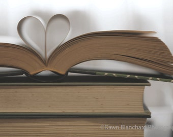 I Heart Books Photo