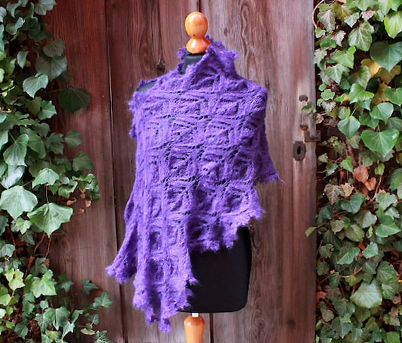 handknitted purple wedding stole,fine lace shawl,violet,bridal wrap,silk kidmohair, romantic victorian style,edwardian