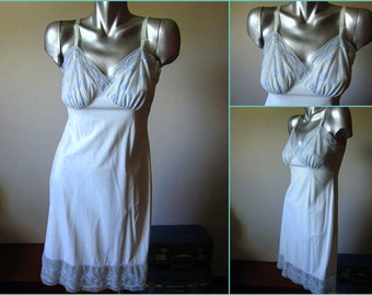 Vintage 50s Von Roalte Baby Blue Embroidered Slip Dress Size Medium