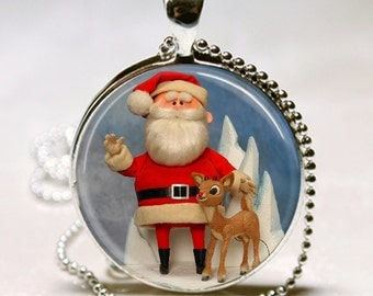 SANTA CLAUS Rudolph The Red Nosed Reindeer Tv Special Retro Vintage Altered Art Pendant Christmas Gift Charm Necklace