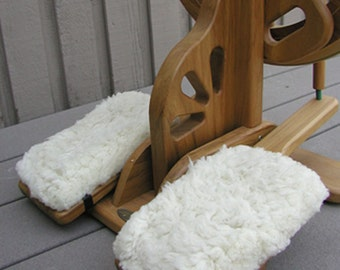 Majacraft Sheepskin Treadle Cover