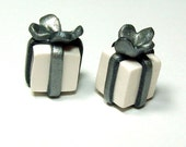 Wrapped Christmas Present Beads - Handmade Gift Package - White Wrap - Silver Bow