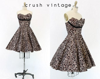 50s Dress Lace Strapless XS / 1950s Dress Velvet Floral Party Dress / The Aria Dress