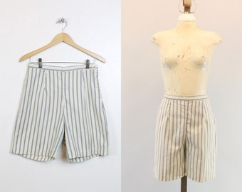 50s Shorts Striped Cotton Medium / 1950s Vintage Shorts / Beach Day Shorts