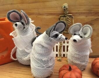 Felt Mice Mummies!  Halloween decoration  soft sculpture