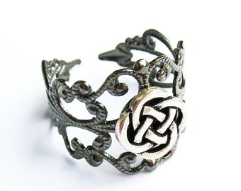 Celtic Ring, Irish Ring, Celtic Knot Ring, Celtic Gift - Gunmetal Filigree Ring with Celtic Knot, Adjustable