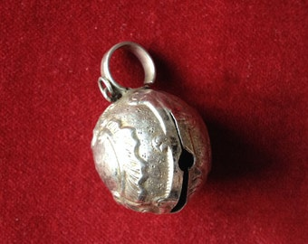 Silver Baby rattle ball